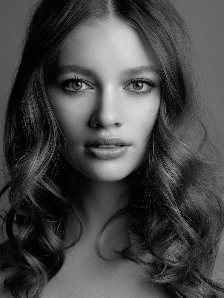 AlexPott_Melbourne_Photographer_Beauty_Tiahnee1
